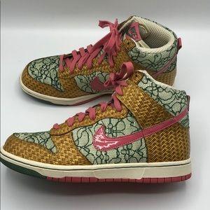 Vintage/Rare Nike Dunk High Nori/Desert Bloom